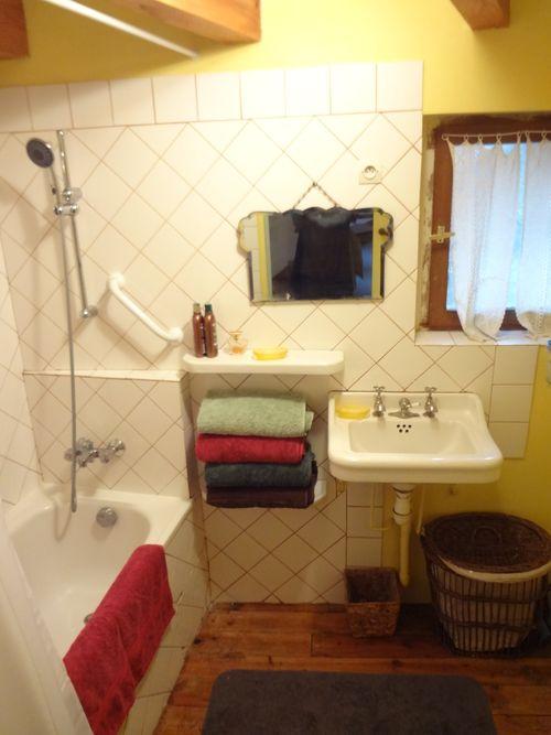 223 Second Floor Bathroom