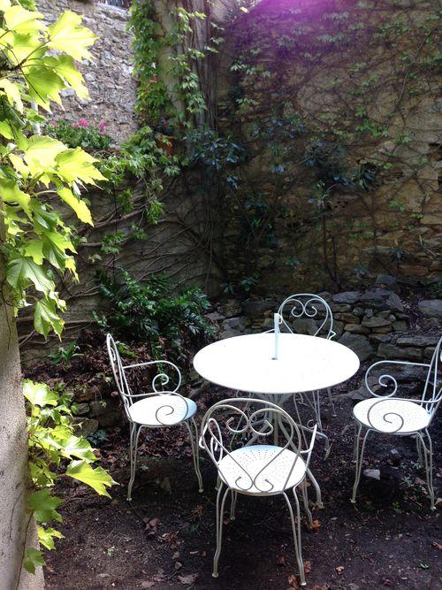 24 Walled Garden